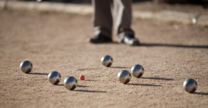 petanque_french_ball_game
